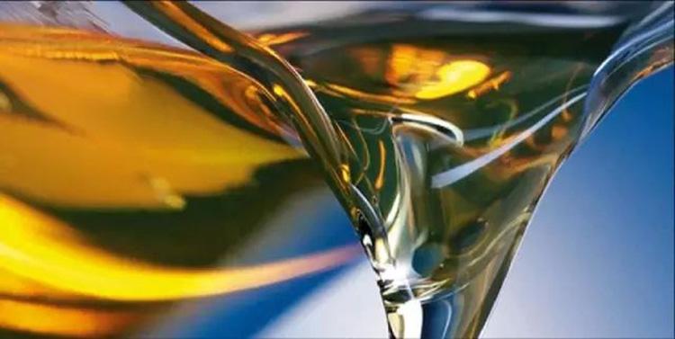 液压油要保持清洁