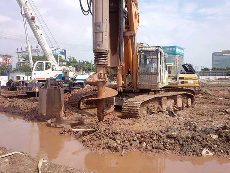旋挖机钻杆下溜的原因与检查方法