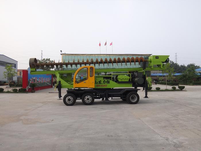 轮式打桩机主要适用于农村建筑的桩基过程