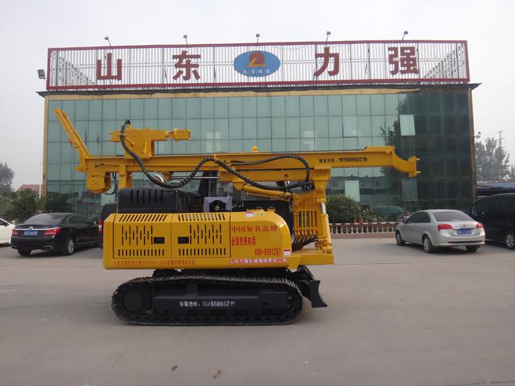 山东力强旋挖钻机厂家生产的小型柴油锤夯桩机图片