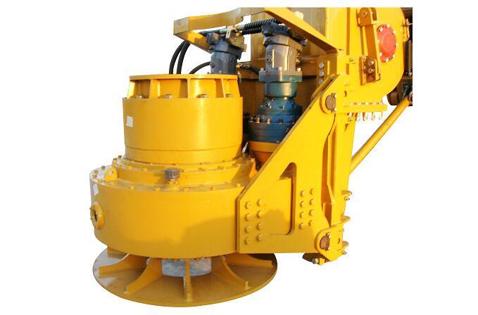 旋挖钻机双液压马达动力头图片