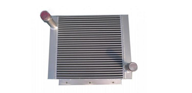 散热器会影响的旋挖机液压油的温度