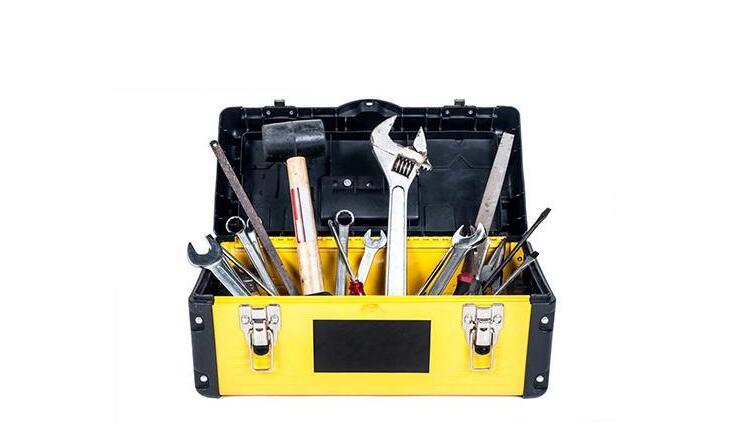 购买小型旋挖钻机随机附带的工具箱